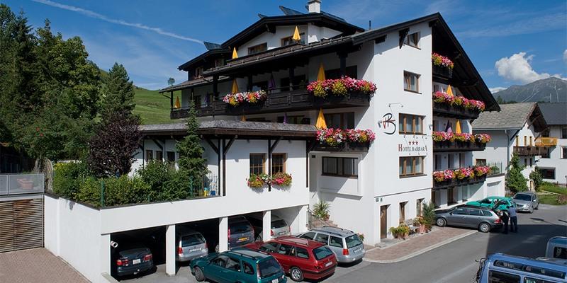 Hotel Barbara Sommerbild
