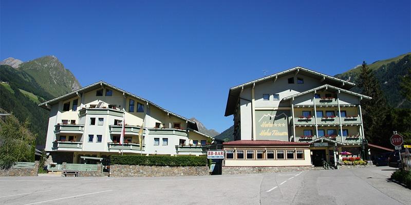 Hotel Hohe Tauern Sommeransicht
