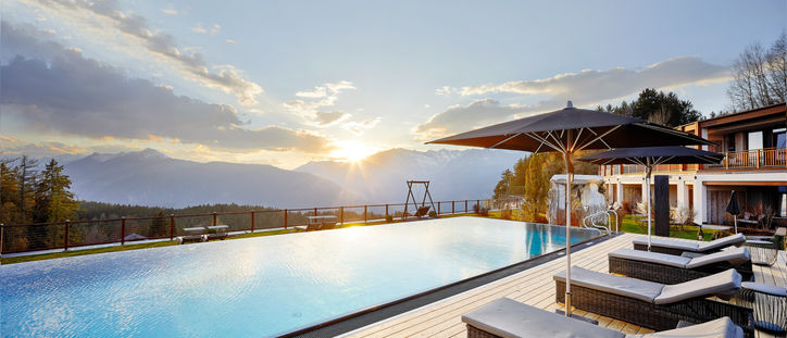 Sunset Relax Pool