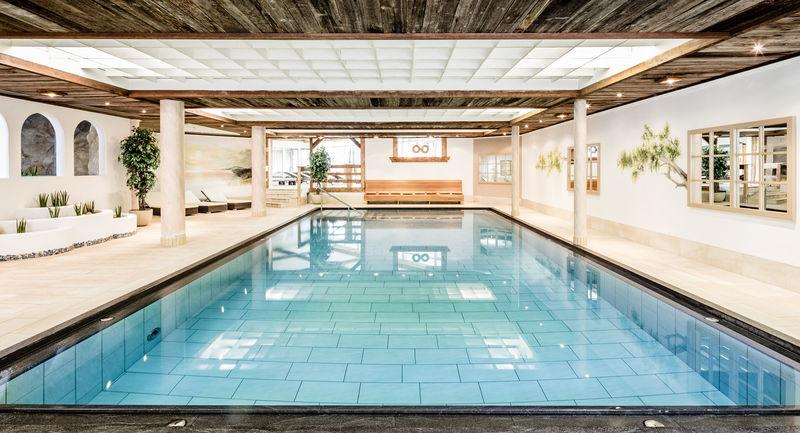 Schwimmbad Berghotel