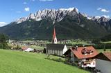 Aufkirchen mit Blick auf Toblach und Haunold