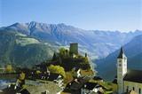 Das Dorf Ladis mit Burg