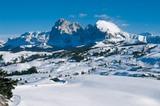 Dolomiten: Die Seiser Alm (2000m) mit Langkofelgruppe