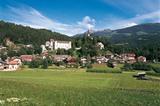 Ehrenburg mit Schloss