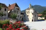 Engelsburg des Klosters Neustift