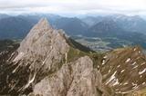 Gehrenspitze (2.163 m) im Hintergrund Reutte