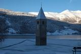 Grauner Turm im Winter