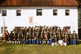 Gruppenfoto der Musikkapelle Mühlen in Taufers