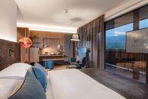 Neue luxuriöse Zimmer & Suiten