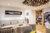 Lounge-Bibliothek