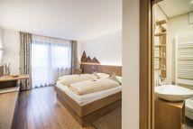 Doppelzimmer Eiche modern