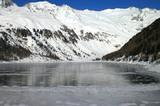 Neves-Stausee winterlich
