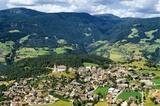 Luftbild von Lajen