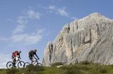 Mountainbiker in den Lienzer Dolomiten