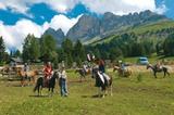 Ponnyreiten am Karerpass mit Rotwand