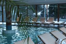 Pool im Sporthotel