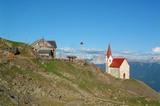Schutzhütte Latzfonser Kreuz mit Wahlfahrtskirche