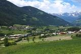 Stilfes mit Stubaier Alpen